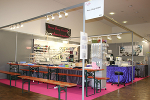 Neus Shop is at the Creativa 1 to 4 October 2015 Zürch booth A21 :-)